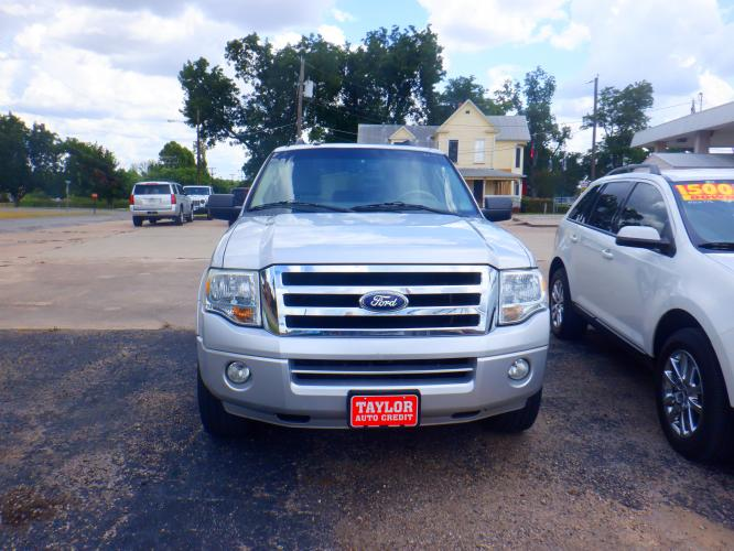 2011 Ford Expedition King Ranch 2WD (1FMJU1H59BE) with an 5.4L V8 SOHC 16V FFV engine, 6-Speed Automatic transmission, located at 1912 N. Main St., Taylor, TX, 76574, (512) 352-8518, 30.586845, -97.411201 - Photo #0